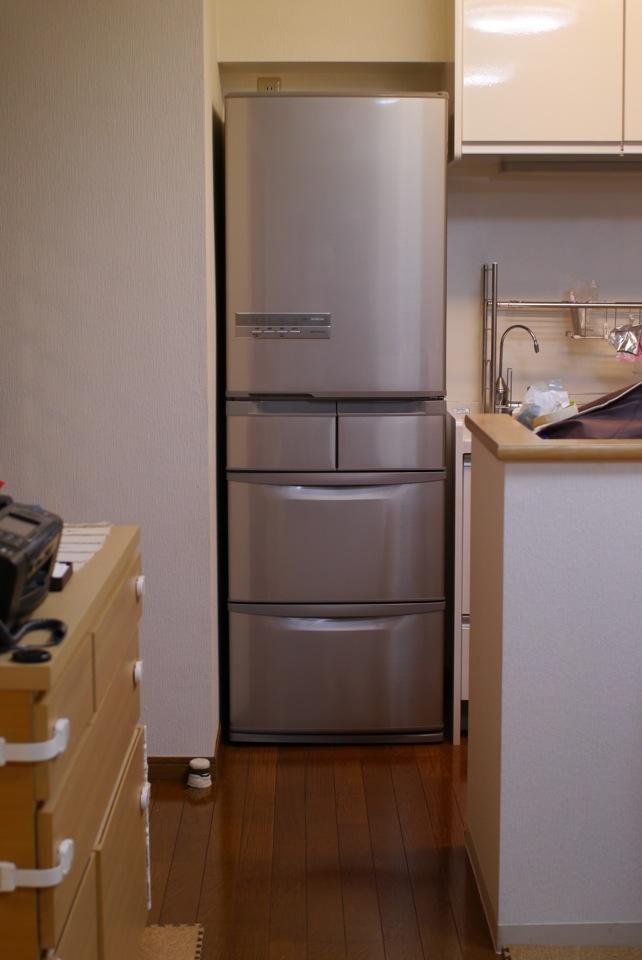 価格.com - 『幅64センチの狭い冷蔵庫置き場ですが、左右2センチ ...
