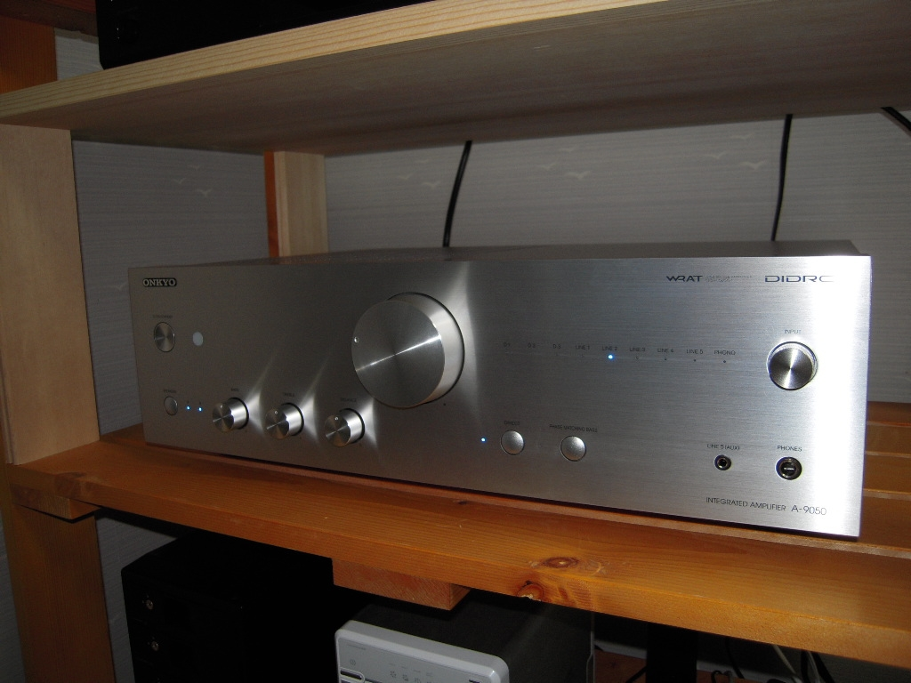 Onkyo97 further Onkyo A 9070 Audiophile Integrated  lifier furthermore 6 additionally Onkyo Tx Sr702 Audio Video Receiver as well Page ka 1. on onkyo