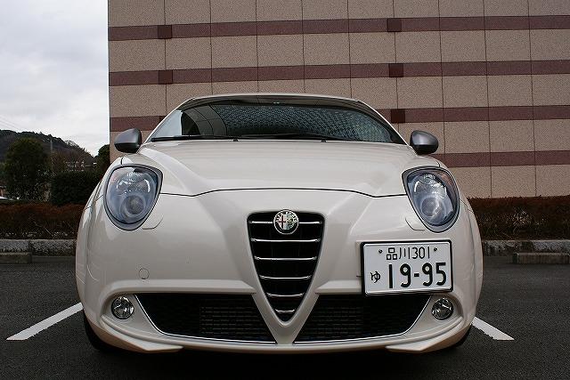 ミト 2009年モデル Quadrifoglio Verde (左ハンドル)